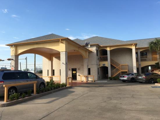 Photo of Scotts Inn & Suite Houston