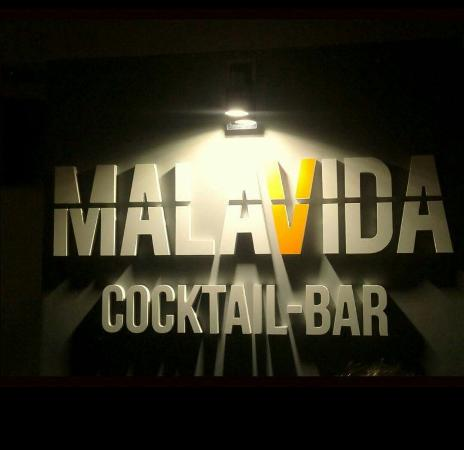 ‪Malavida Cocktail Bar‬