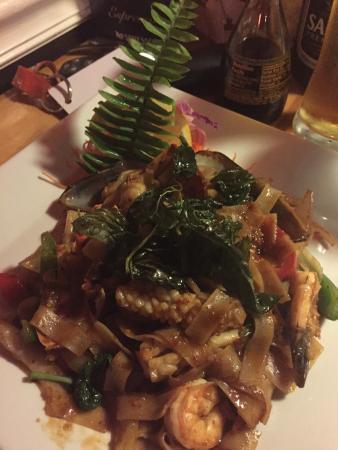 Komoon Thai Sushi & Ceviche Photo