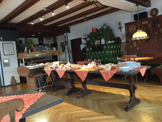 Gasthaus Linde: Breakfast room