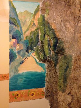 La Locanda del Fiordo: Room built into the rock