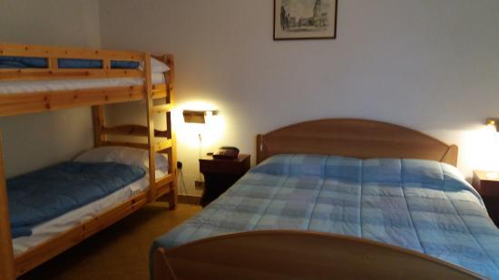 Hotel Musolesi: camera quadrupla offerta € 20.00 a testa con colazione buffet