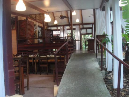 Namuwoki Lodge: entrada al comedor