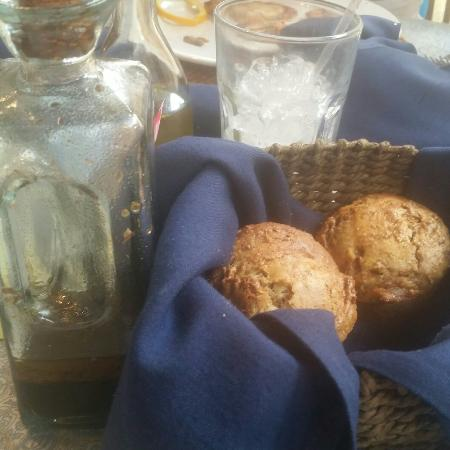 Sea Grass Grille : Home made raisin bran muffins and garlic cheddar biscuits (that we gobbled up too quickly). Fres