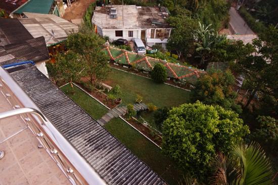 Rawana Holiday Resort: vue sur les terrasses inferieures