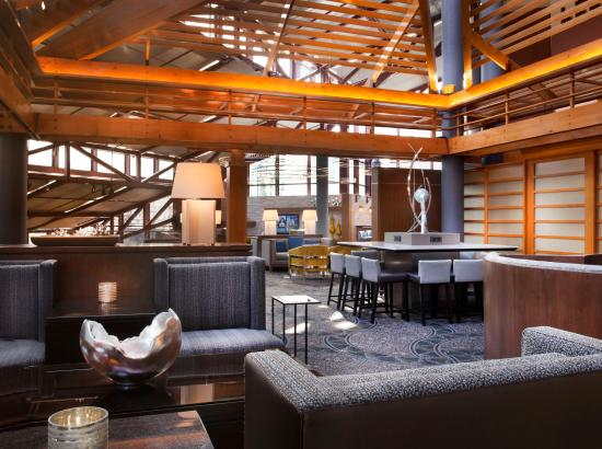 Crowne Plaza Atlanta Perimeter at Ravinia: Executive Lounge