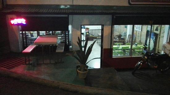 Grecia, Costa Rica: Moon&Cheese