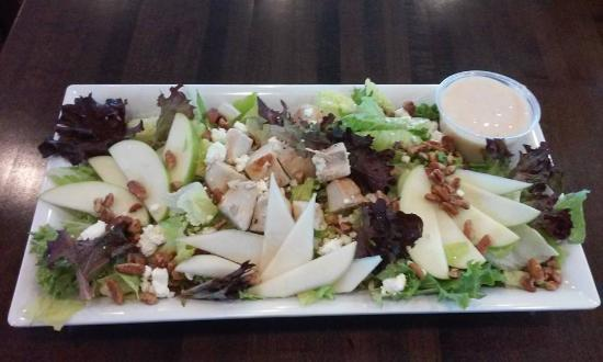 Harrodsburg, KY: Apple Chicken Salad