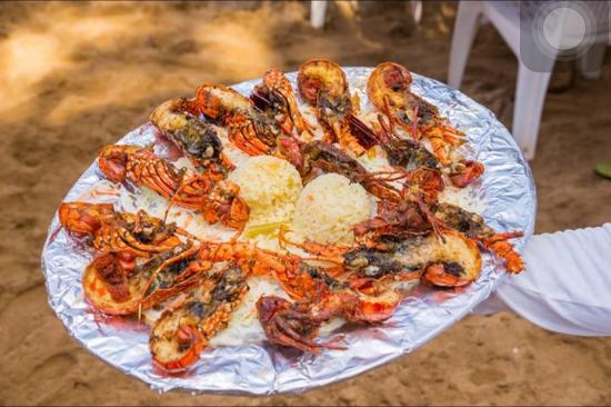 Restaurante Tres Sirenas en  La Isla de Ixtapa