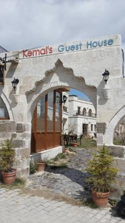 Kemal's Guest House: Trustworthy owners and beautiful hotel