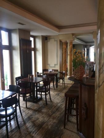Cafe Mirbach