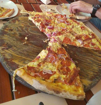 Pizzeria Ivo Nr1: Pizza