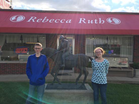 Rebecca Ruth Candy Factory: photo2.jpg