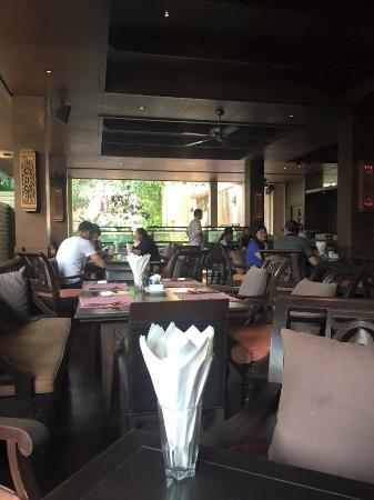 Siripanna Villa Resort & Spa: On site dining