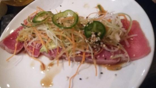 Sushi Roll Plaza Inn