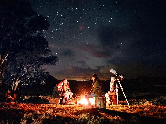 Emirates One&Only Wolgan Valley: Campfire and Stargazing Experience