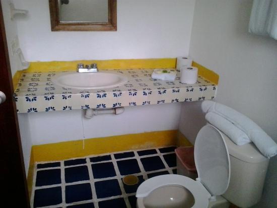 Cabo Alto Hotel & Spa: Propre et excellente pression d'eau.