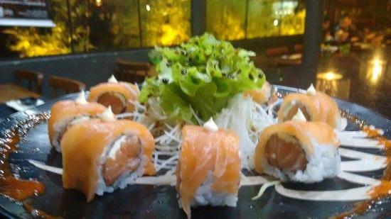 Bier Sushi: uramaki filadélfia especial!!