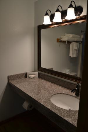 Packwood, WA: Bathroom