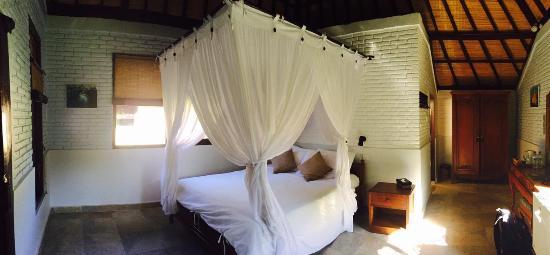 Hidden Paradise Cottages: Inside Room 15