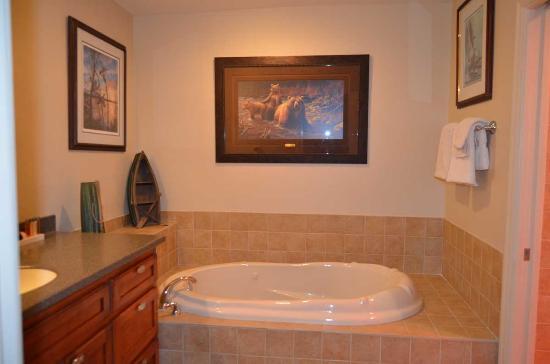 Bigfork, MT: jet tub