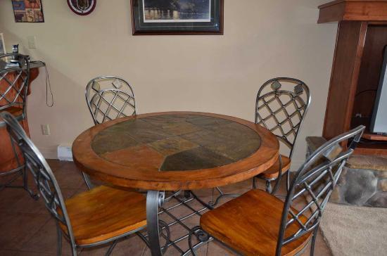 Bigfork, MT: Room to dine