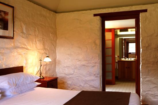 Dunkeld, Australia: Mount Sturgeon Cottage interior