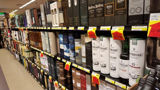Bellevue, KY: This was just one of the scotch aisle!