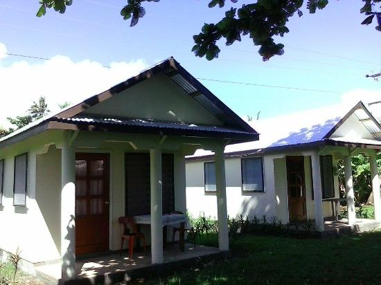 Taumesina Hideaway: New Ocean View Bungalow with Hot water and air condition