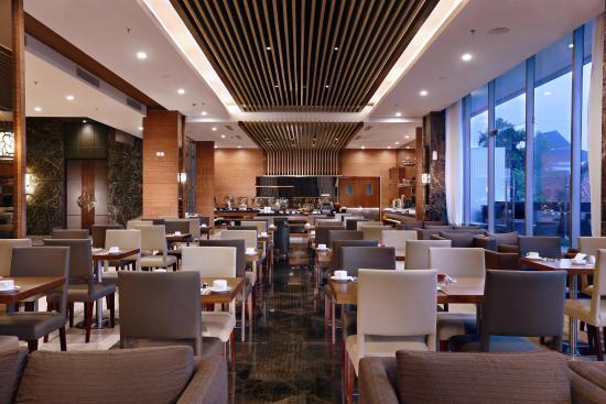 rustik bistro bar yogyakarta region restaurant reviews photos rh tripadvisor com