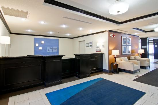 Holiday Inn Express Hotel And Suites Fort Saskatchewan: Lobby Reception Area - Holiday Inn Express, Fort Saskatchewan