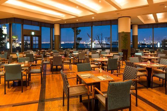Buffet Dinning Ocean Terrace