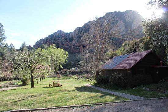 Orchard Canyon on Oak Creek: Spectacular views