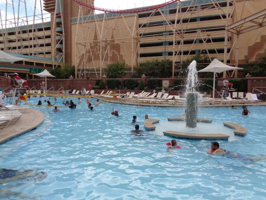 Pool area picture of new york new york hotel and - New york hotels with swimming pools ...