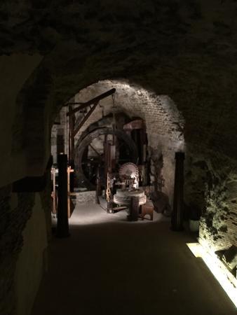 Museo di Bevagna : Un posto magico, un tuffo nel passato, una chiacchierata piacevole con le guide competenti e acc