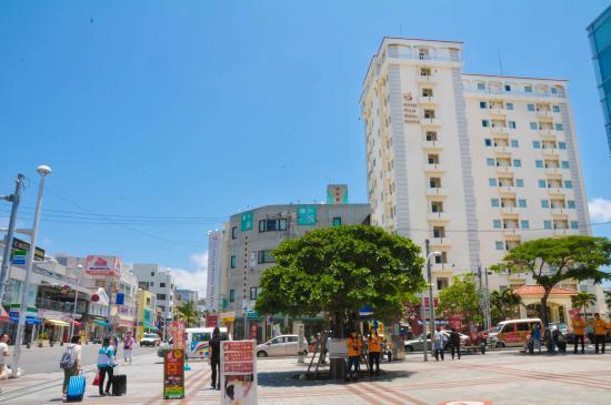 Hotel Palm Royal Naha: 国際通りとパーム