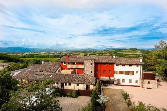 Manzano, Italy: Panorama 1