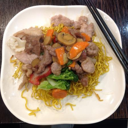 Combination meat and vegetables on fried noodles a for Asian cuisine melbourne