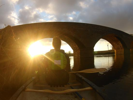 Blairgowrie, UK: Sunset canoe trip on the River Ericht & River Isla