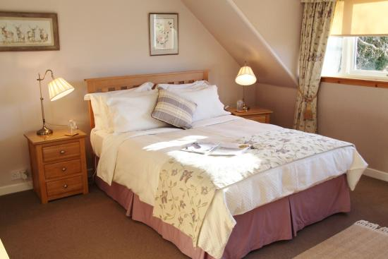 Netherfield Bed and Breakfast: Cromdale - New King