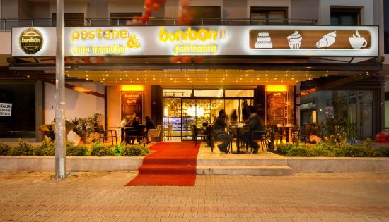 Bonibon Patisserie & Cafe