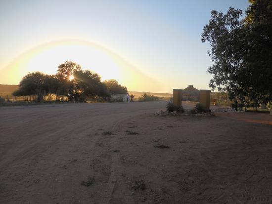 Gochas, ناميبيا: Einfahrt zur Lodge