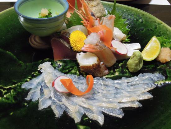 Kyodoaji Kakehashi: アナゴの薄造りをメーンにしたお造り
