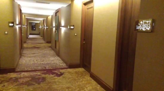 area lorong menuju kamar picture of hotel tentrem yogyakarta rh tripadvisor ie