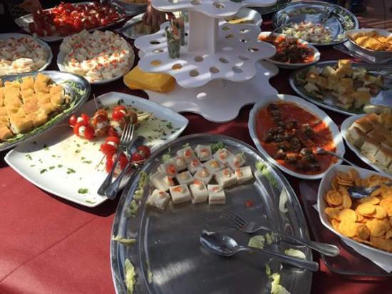 Montespertoli, Italien: aperitivo di pasqua