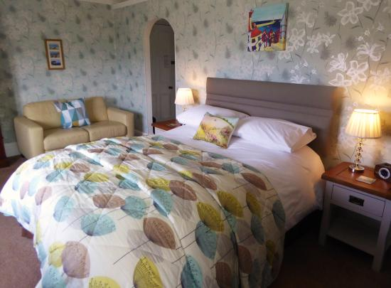 Fairhaven Country Guest House: Room 2 - superior king-size