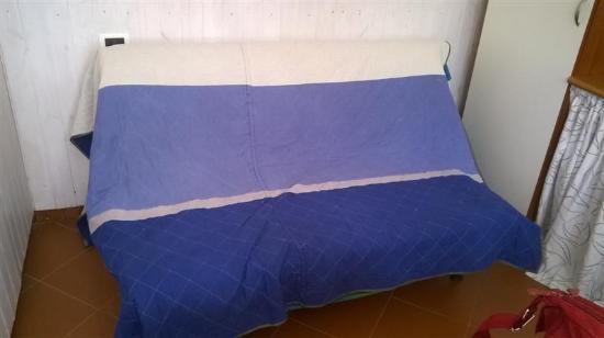 Divano letto foto di b b nel blu cervo tripadvisor - Divano letto blu ...