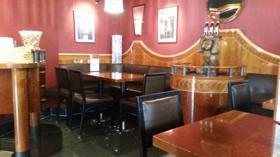 Vanini Cafe Bar