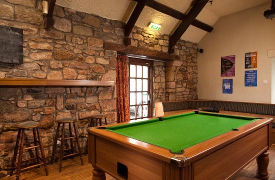 the bars pool table picture of craster arms beadnell tripadvisor rh tripadvisor com
