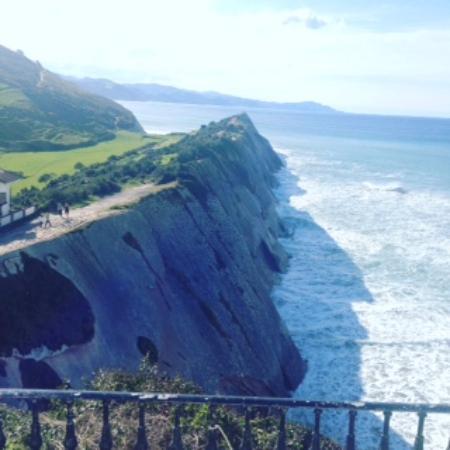 Zumaia, Spania: vistas desde el mirador de la Ermita de San Telmo
